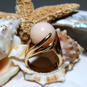 14k Angel Skin Coral Vintage Ring 13.50g Size 5.5